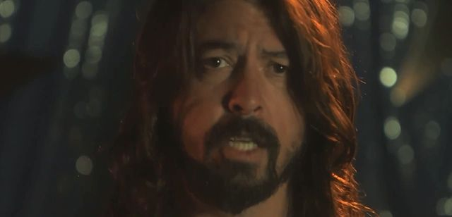 Foo Fighters zrobili splasha jak z horroru! (FOTO)