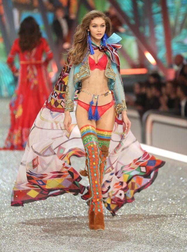 To najlepszy show Victoria's Secret! (FOTO)