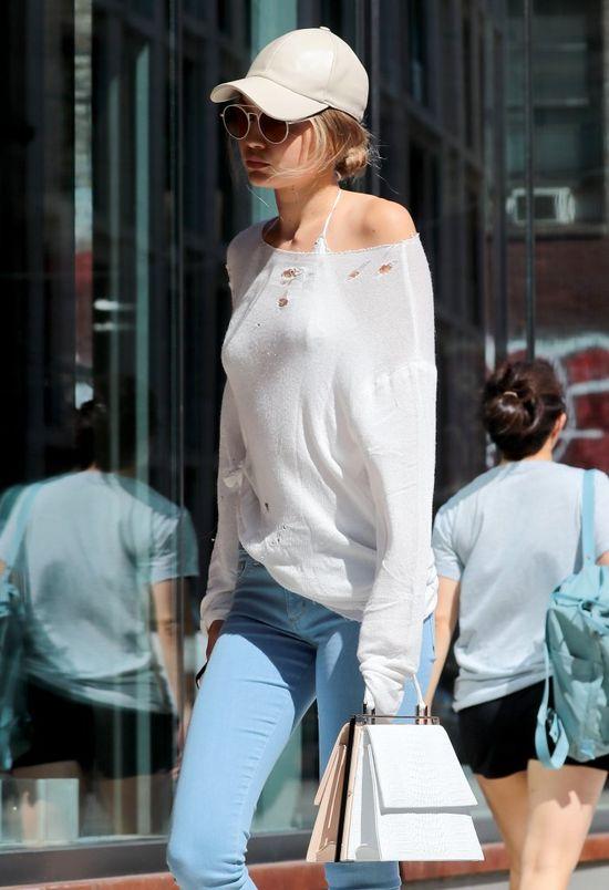 Gigi Hadid bez makijażu, bez chłopaka i bez seksownej stylizacji (FOTO)