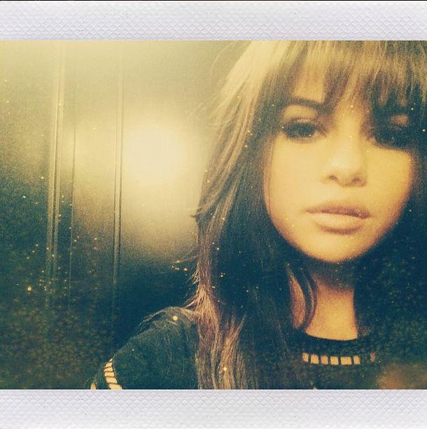 Selena Gomez zafundowała sobie grzywkę (FOTO)