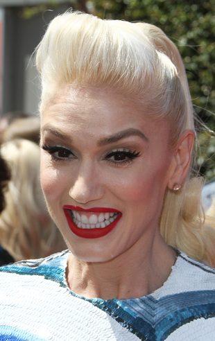 Gwen Stefani jest W CIĄŻY z Blakiem Sheltonem?