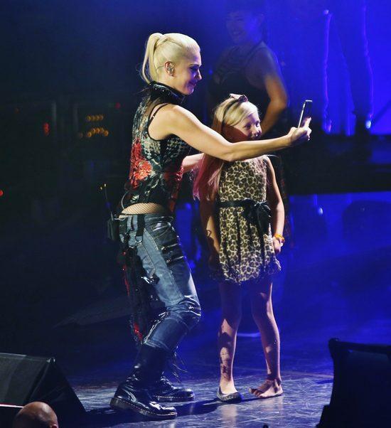 Po tym, co zrobiła na scenie, fani będą ją kochać jeszcze bardziej (FOTO)