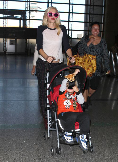 Syn Gwen Stefani, Zuma nie lubi fotoreporterów