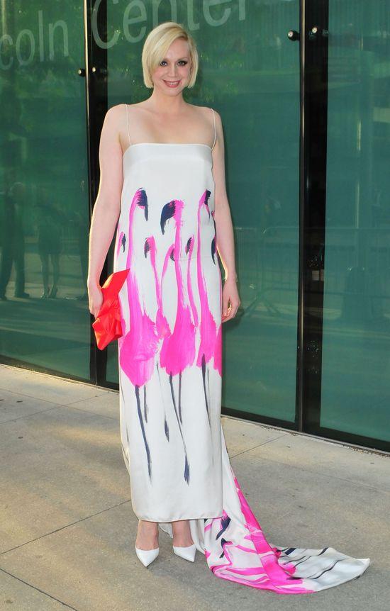 Flamingo! Ta suknia doda ci skrzyde� (FOTO)