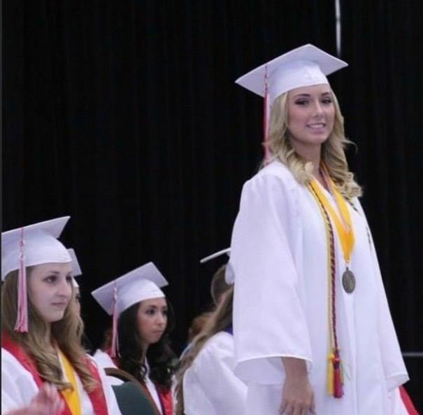 Córka Eminema skończyła szkołę średnią!