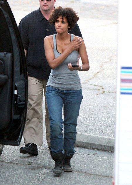 Halle Berry wylądowała w szpitalu po wypadku na planie