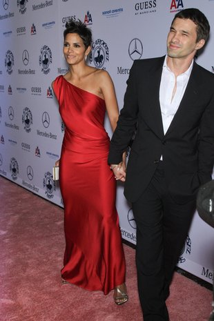 Halle Berry zaręczyła się z Olivierem Martinezem
