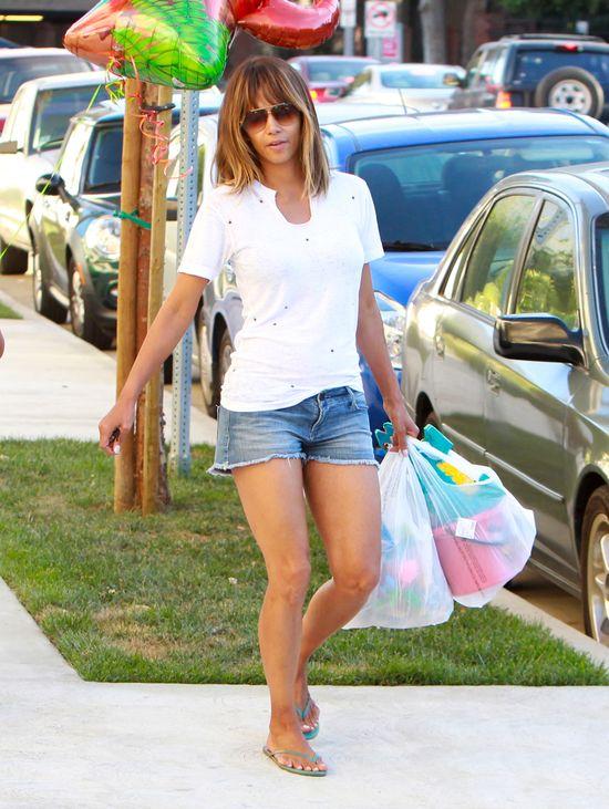 Córeczka Halle Berry nie odziedziczyła urody po mamie? FOTO