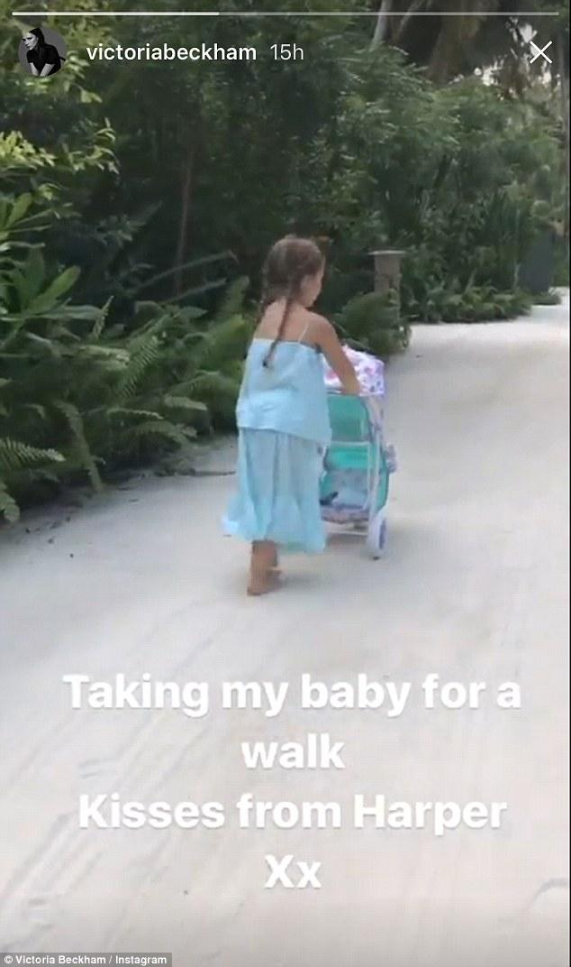 Victoria Beckham zabrała dzieci na Malediwy - zobaczcie, co robi Harper w raju