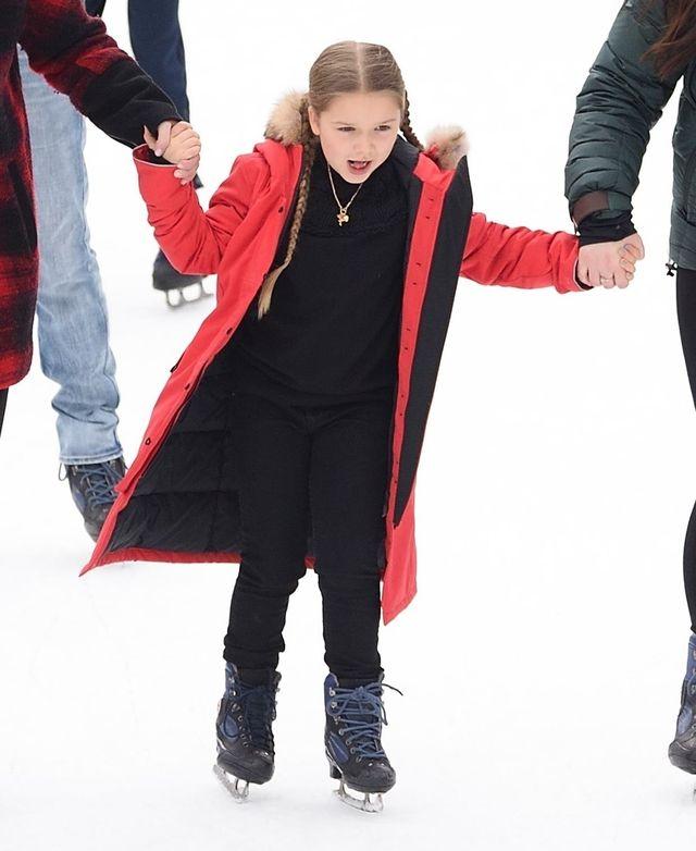 Harper Beckham przyleciała do Nowego Jorku (ZDJĘCIA)