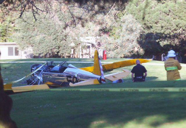 Piloci zachwyceni awaryjnym lądowaniem Harrison Forda