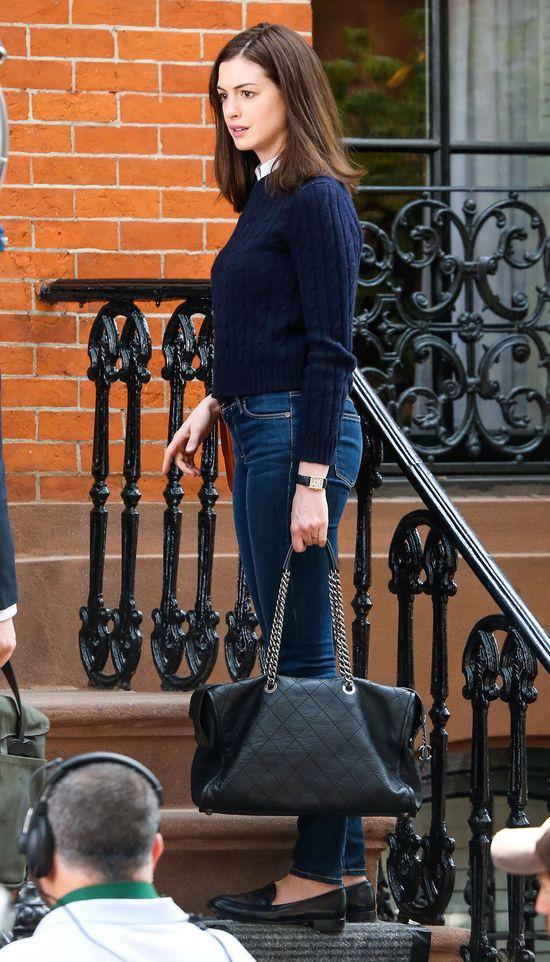 Anne Hathaway już nie ma krótkich włosów (FOTO)