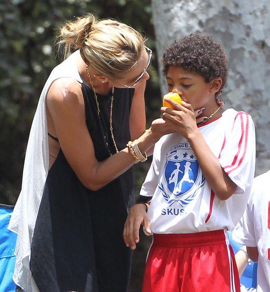 Tak Heidi Klum całuje byłego męża (FOTO)