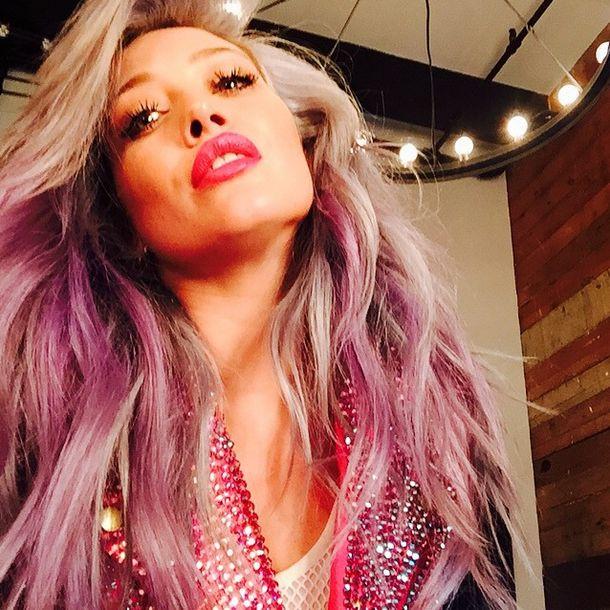 Hilary Duff już nie ma niebieskich włosów (Instagram)