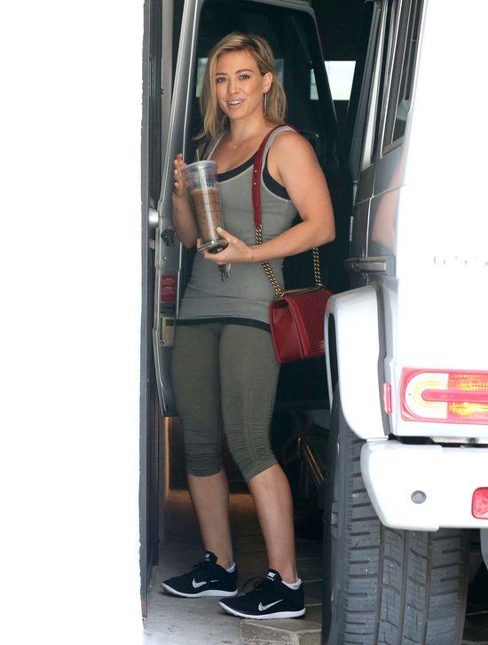 Wielka łapa Hilary Duff (FOTO)