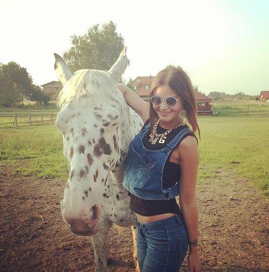 Honey jak polska Angelina - z koniem (FOTO)