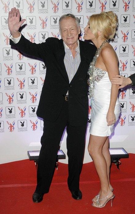 Crystal Harris zn�w jest z Hugh Hefnerem