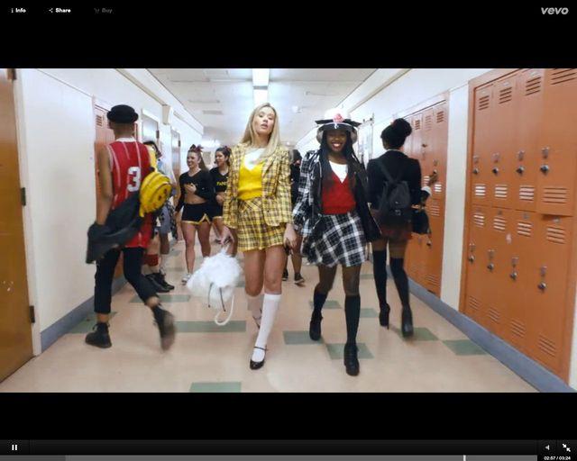 Iggy Azalea jak Alicia Silverstone w nowym klipie, Fancy