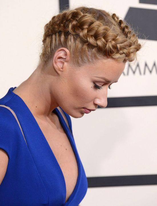 Jej fryzjer zaszala� w tym roku (FOTO)