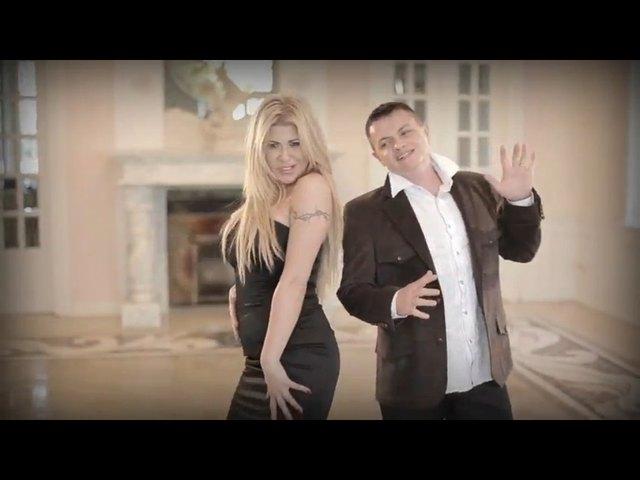 Iwona W�growska i jej wylewaj�cy si� biust w piosence Tango