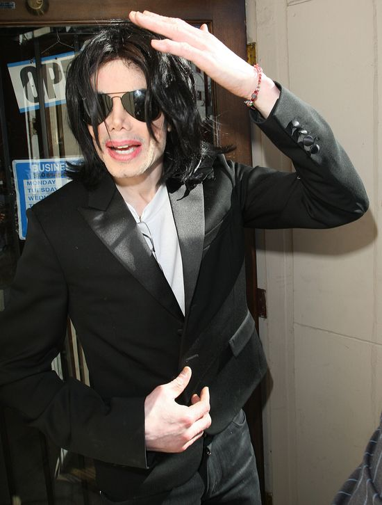 Twierdzi, �e objawi� mu si� sam Michael Jackson