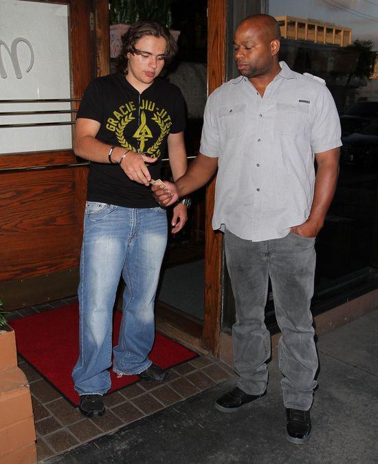 Syn Michaela Jacksona na randce