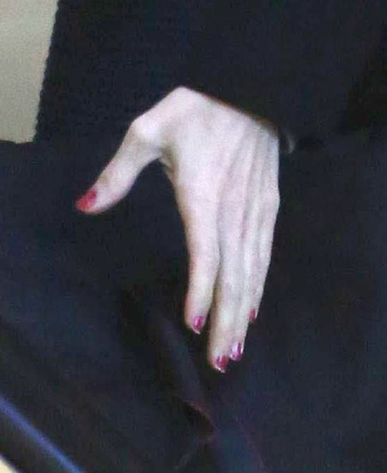 Pen PAN zapomniał zmyć lakier do paznokci (FOTO)