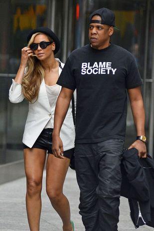 Jay Z z dwiema kobietami uprawiającymi seks [VIDEO]