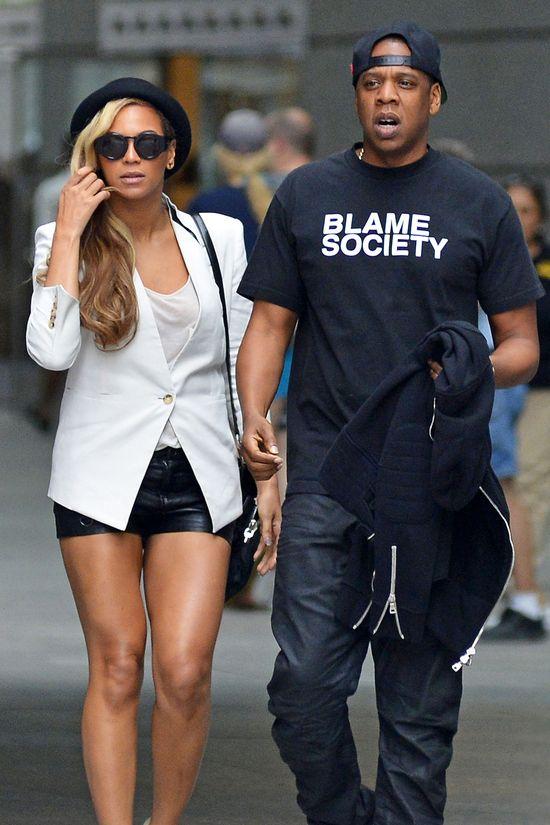 Fani prostesują: Beyonce nie idź na ślub Kim Kardashian!