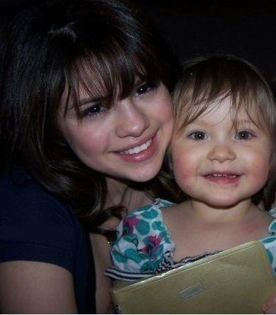 5-letnia siostra Justina Biebera już zaczyna karierę? (FOTO)