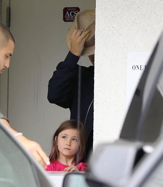 Kendall i Hailey pomagają Bieberowi w opiece nad siostrąFOTO