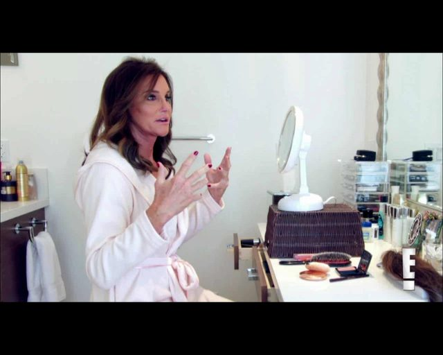 Caitlyn Jenner wpad�a w panik�, gdy zobaczy�a si� w lustrze