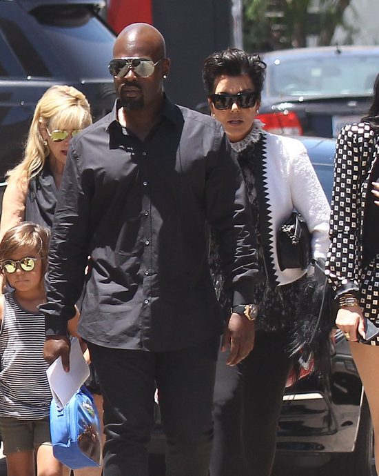 Khloe Kardashian słyszała, jak jej matka uprawia seks...