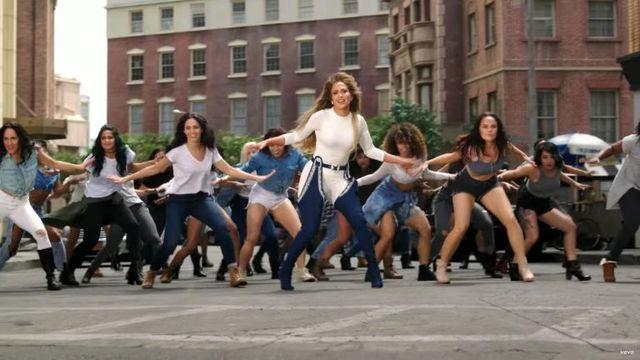 Jak Jennifer Lopez naprawdę czuła się w szpilkach od Rihanny?