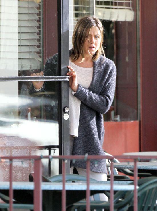 Jennifer Aniston ma na twarzy wielką szramę! (FOTO)