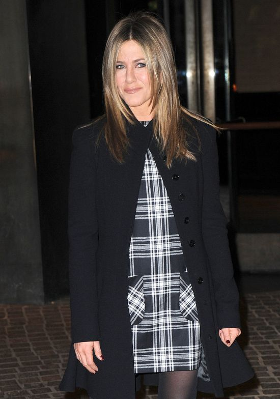 Jennifer Aniston szykuje się do ataku na Angelinę Jolie!