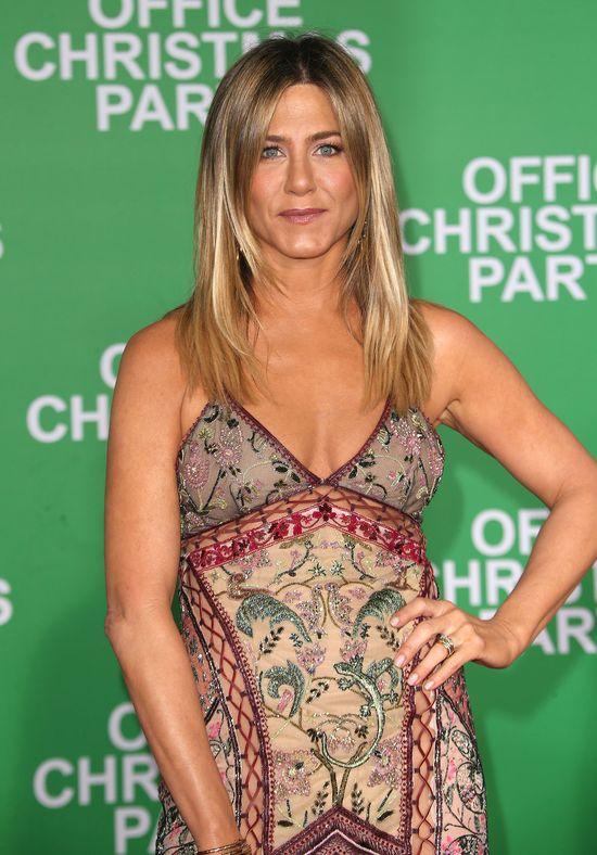 Jennifer Aniston zatrudniła SUROGATKĘ!