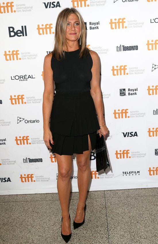 Ślub Jennifer Aniston w stylu Brangeliny?