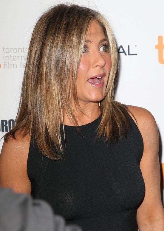 Dziwne doniesienia z �ycia Jennifer Aniston