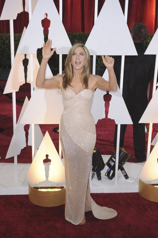 Jennifer Aniston nie boi si� w�glowodan�w
