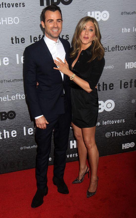 Jennifer Aniston i Justin - miłość kwitnie na salonach