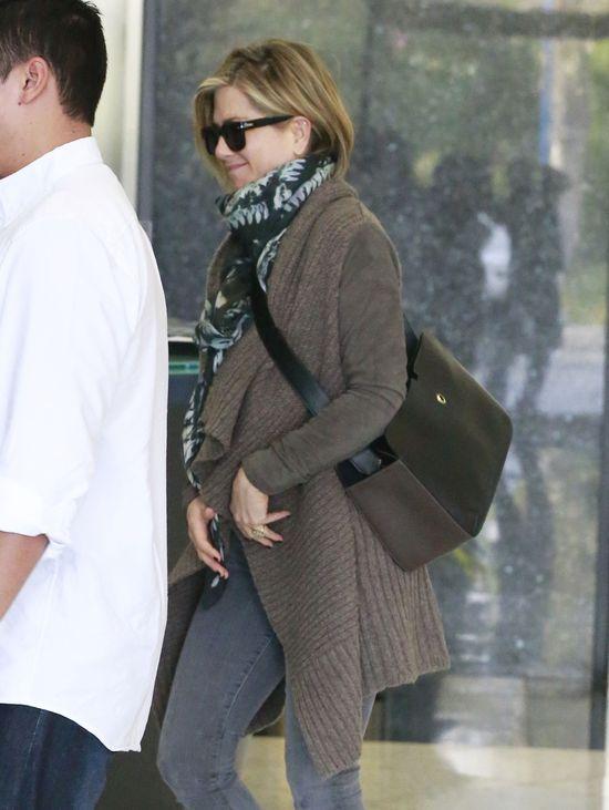 Dlaczego Jennifer Aniston jest �ysa?! (FOTO)
