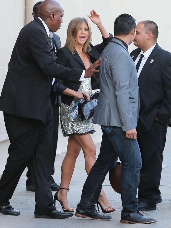 Najpierw zaskoczyła nas Jolie, potem Jennifer Aniston!