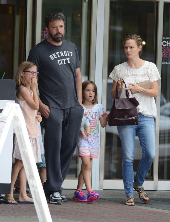 Rodzina Afflecków zachowuje pozory? (FOTO)