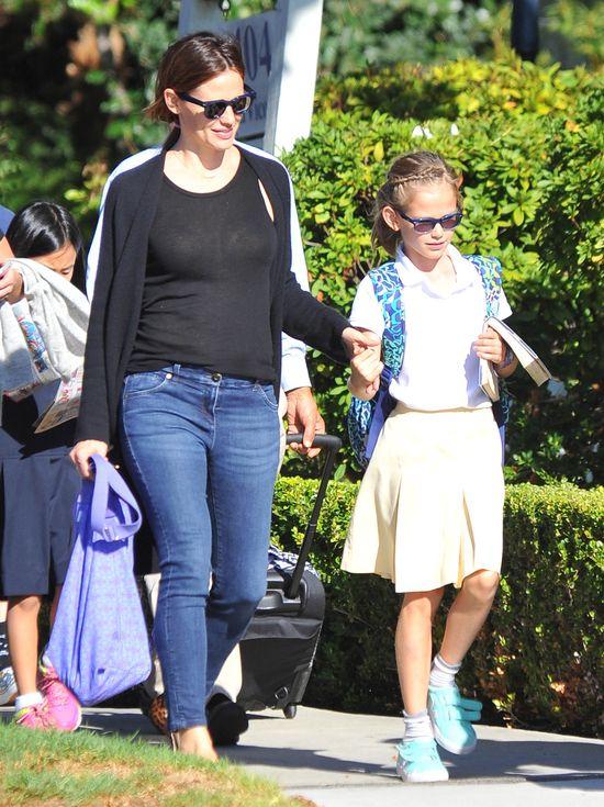 Nie uwierzycie, czego Jennifer Garner zabrania córkom