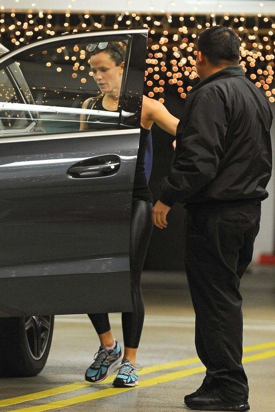 Jennifer Garner bez makija�u po treningu (FOTO)