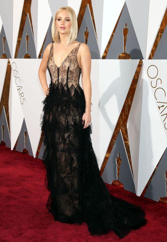 Jennifer Lawrence wpad�a w oko kolejnemu przystojniakowi
