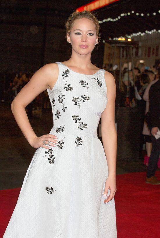 Co Jennifer Lawrence miała na sobie na premierze Igrzysk...