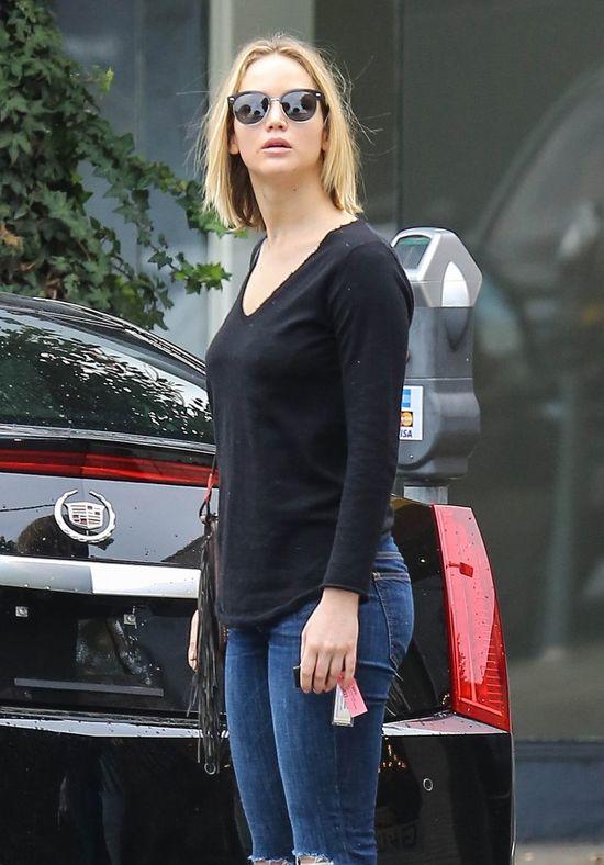 Jennifer Lawrence przeprosiła się z doczepami?