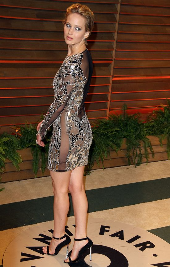 Jennifer Lawrence bez bielizny (FOTO)
